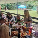 Grzybobranie piękno natury razem przy wspólnym stole miło i sympatycznie spędzamy dobre momenty
